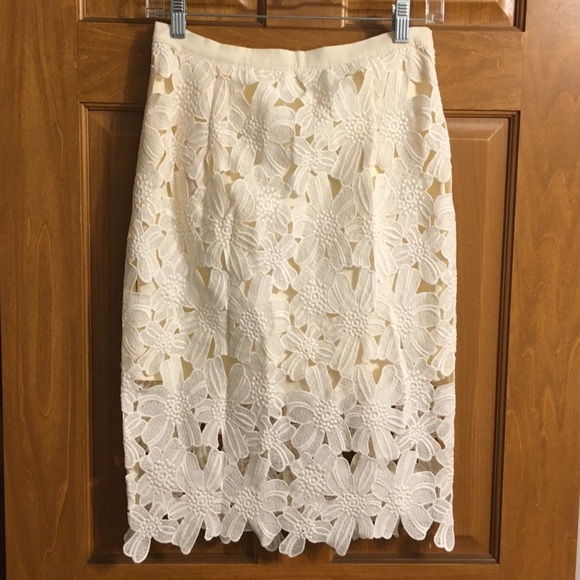 Brixon Ivy Dresses & Skirts - Brixon ivy lace floral skirt size S